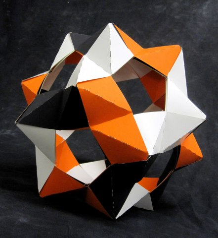 Dodecahedron created using PHiZZ units.