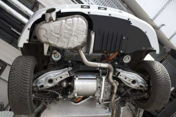 1-Series Rear Drive Powertrain