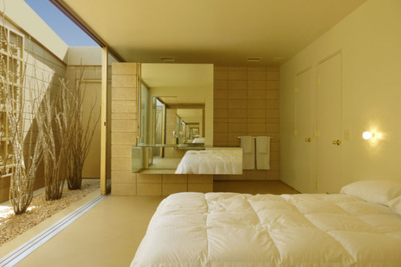 Acido Durado suite, bedroom: © Brad Lansill