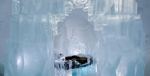 12 Hot Designs From The 2009 Icehotel Catch Them Before