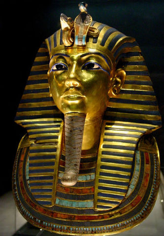 Mask of Tutankhamen's mummy at the Egyptian Museum (Image: Wikipedia)