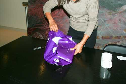 Kay Chung's birthday present: Photo by Stefan Magdalinski