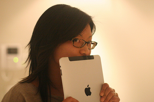 Kay Chung with her new iPad: Photo by Stefan Magdalinski