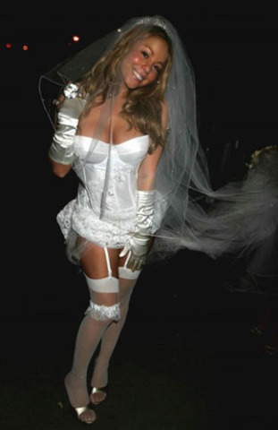 Wedding Dress Sale on Top 5 Sluttiest Wedding Dresses Spotted In 2009