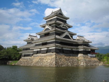 Matsumoto Castle from the moat