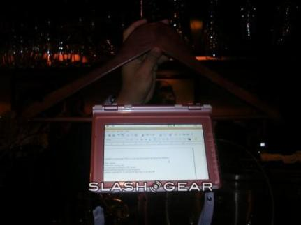Noahpad is little and light: Source: Slashgear.com