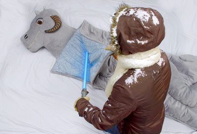 Smell like a dead tauntaun? I'd rather kiss a Wookie!