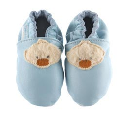 Blue Ducky Shoes Perfect For Baby: Source: hipandlittle.com