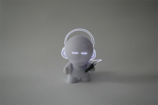 Lightbot Munny: DJ nomIS: Marcus Tremonto for Kidrobot