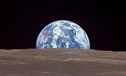 The Earth as seen from the Moon