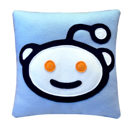 Reddit Alien Icon Pillow by Craftsquatch