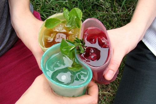 Jelloware, the edible, eco-ble drinking glass: ©The Way We See The World