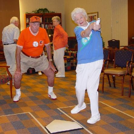 The Riderwood retirement community in Silver Spring, Maryland hosted a Wii Home Run Derby last summer. Image: Kotaku