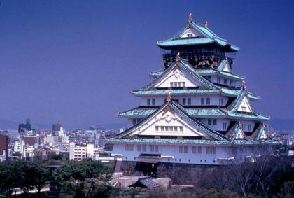 Osaka Castle by night