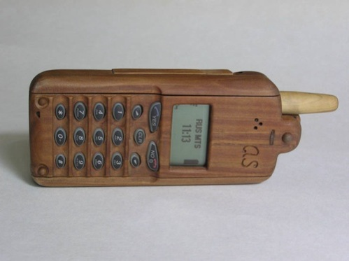 Retro Wooden Mobile Phone: One Step Forward, Two Steps Back