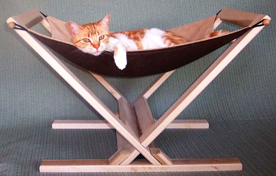 Artisan cat furniture reasonably priced at cat above - Sofas para gatos ...